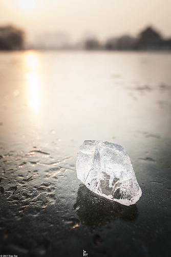 winter sunset stilllife lake ice canon bokeh xian