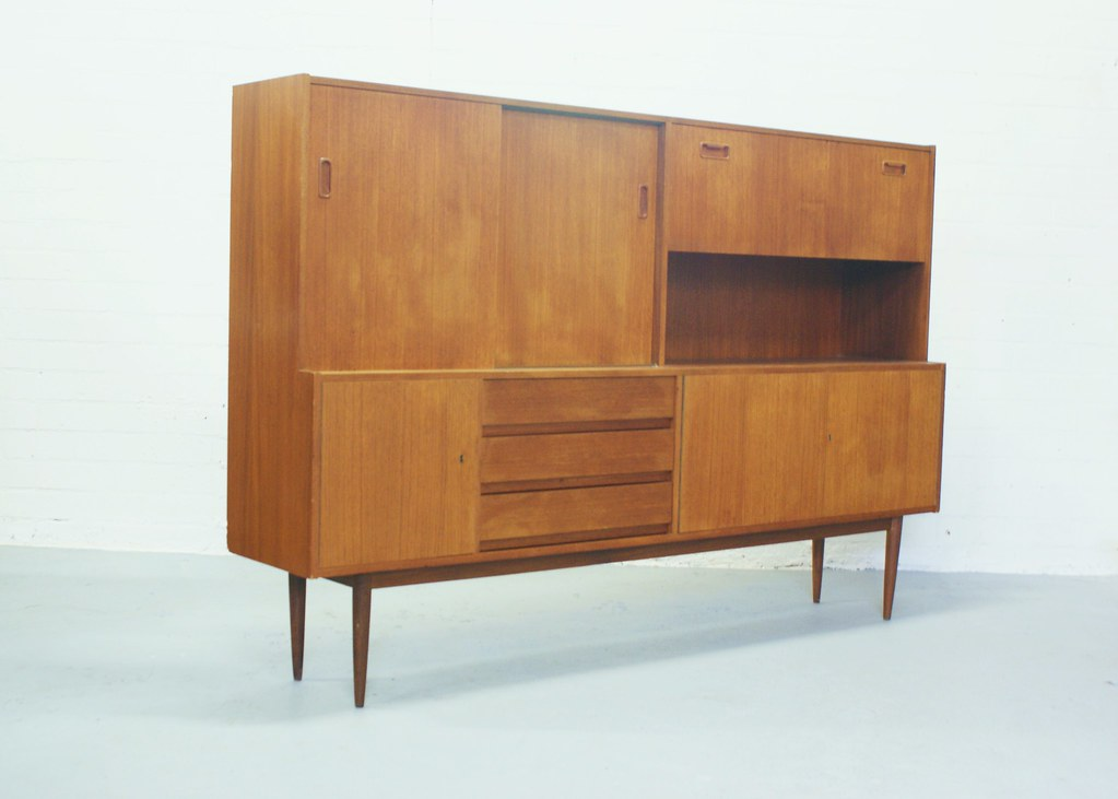 Best vintage deens design dressoir highboard retro teak for Deens design meubelen