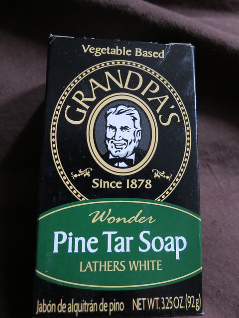 Grandpa's Wonder Pine Tar Soap (1)