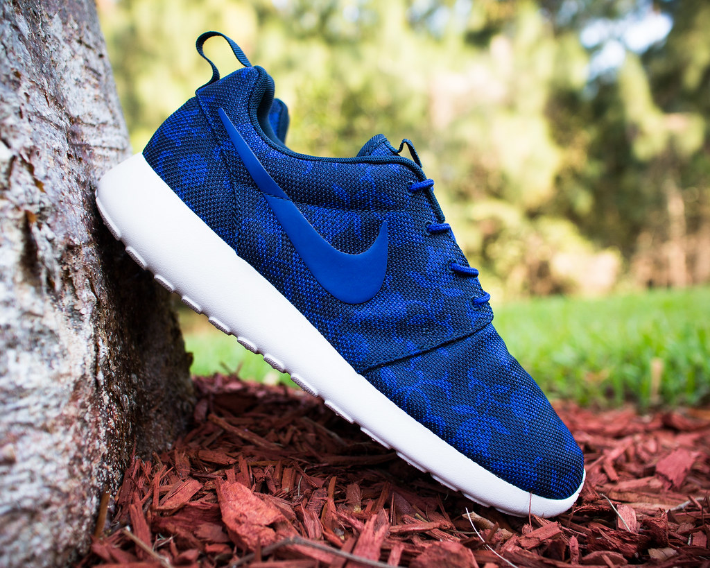 Reduced Nike Roshe Women - 80 Off Club Nike Roshe Run Mens Shoes Breathable For Summer Black Red Sell Nike All