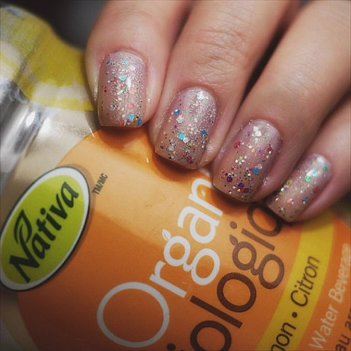My #notd#sandwich w the most nasty lemon water from #nativa #sallyhansen#secrets#hologlitter#americanapparel#supernova#chinaglaze#innocence#nailpolish