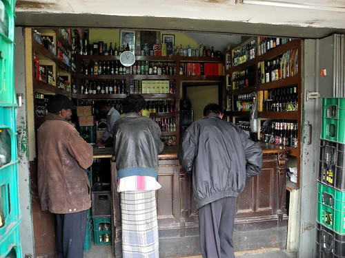 Local Pub in Nuwara Eliya