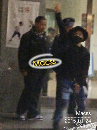 Taeyang Backstage and Leaving Shanghai 2015-01-24 - 004