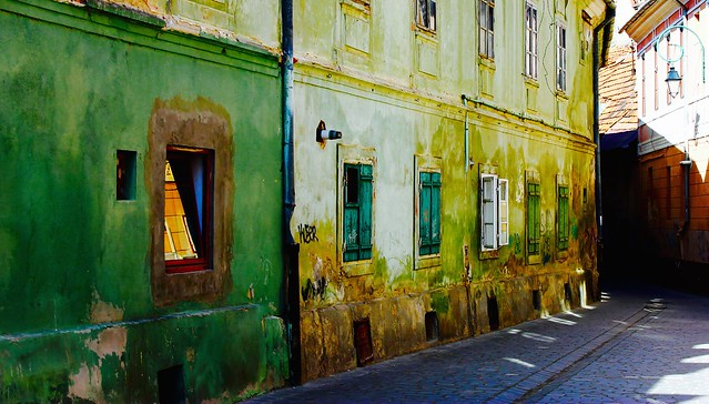 Street view Brasov Romania #dailyshoot #streetview