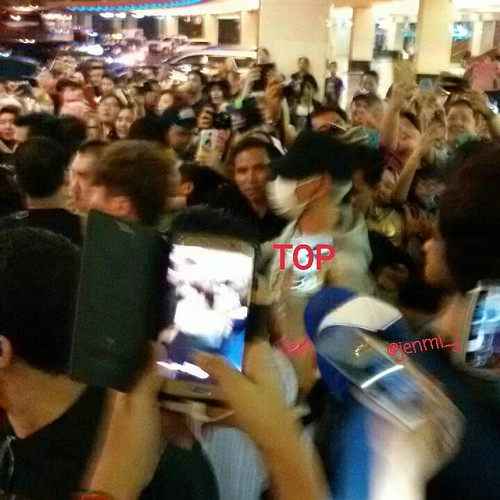 BIGBANG Arrival Jakarta from Manila 2015-08-01 (28)