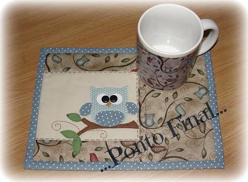 ...Mug Rug e caneca de coruja... by Ponto Final - Patchwork