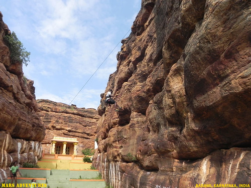 Rock_Climbing_Badami_Oct_2012_31