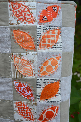 Mouthy Stitches Bag - detail