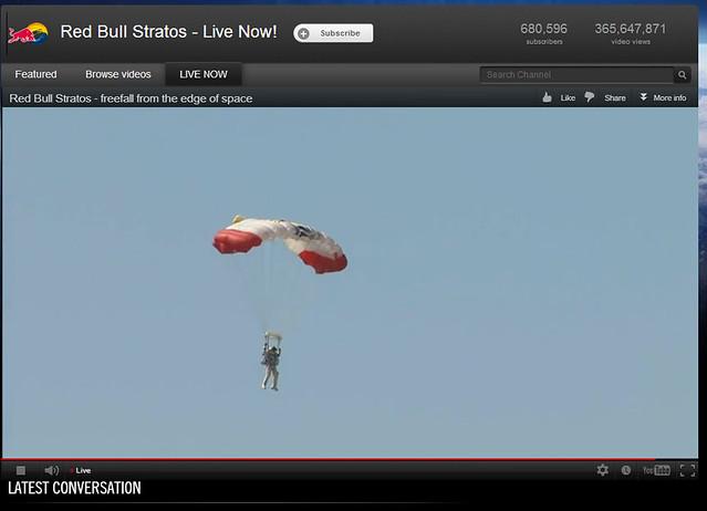 Felix Baumgartner red bull parachute