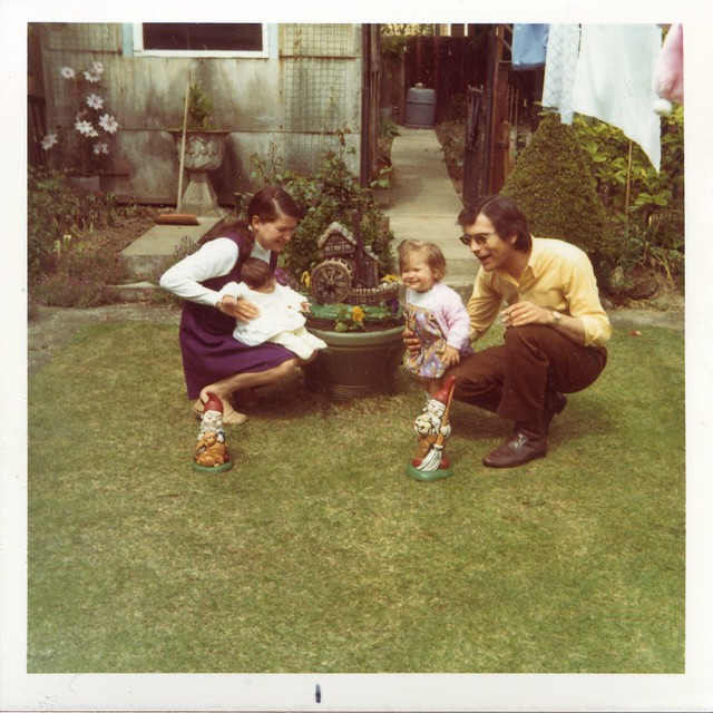 1970s family with garden gnomes 1 flickr photo sharing for Garden design 1970s