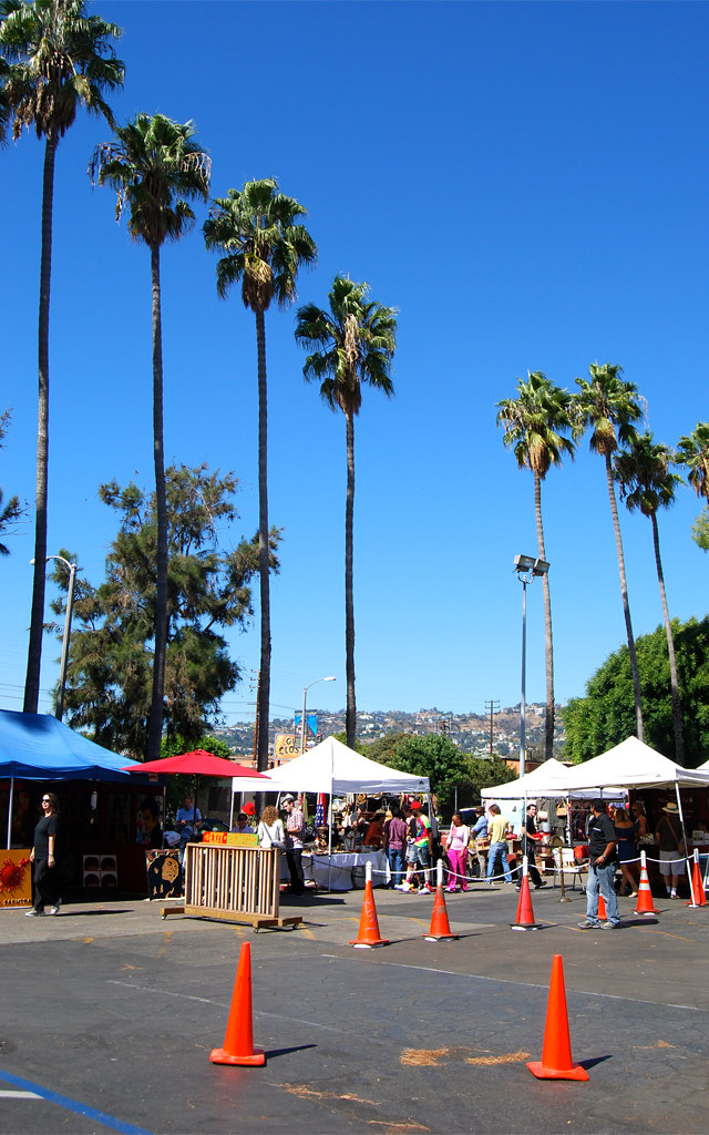 Melrose Trading Post, Hollywood