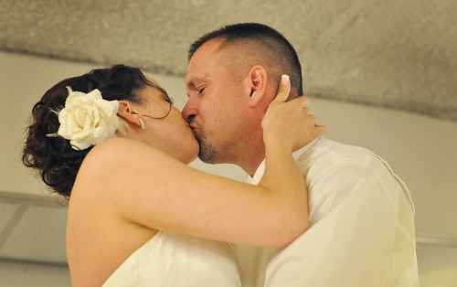 Kim & Brent Wedding Kiss