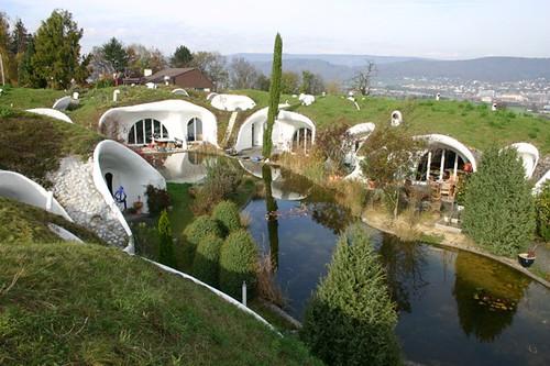 В Швейцарии появилась деревня Хоббитов
