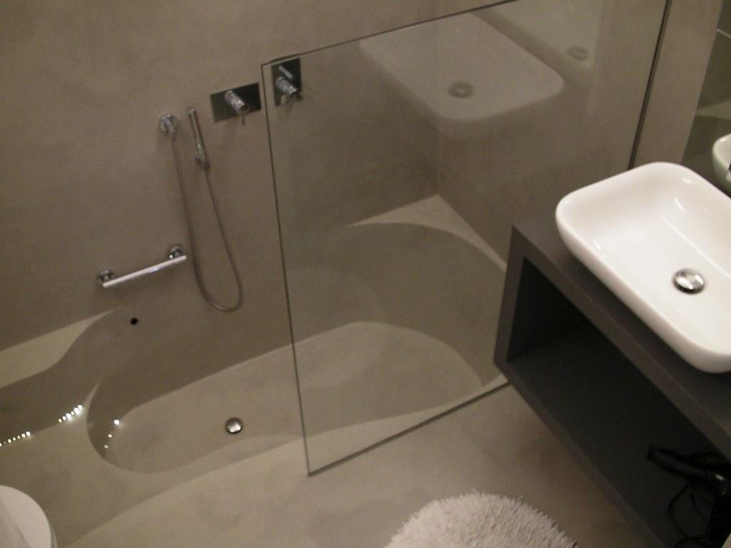 Resinatura vasca da bagno