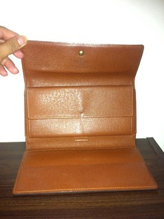 lv wallet 3 folds 2