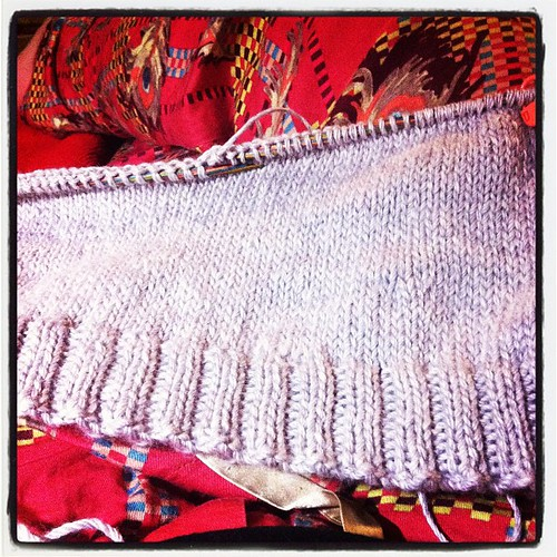 My studio sweater is coming along! Bless knitting in the library at lunchtimes like a nerd!!!!