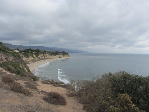 rainy point dume 011