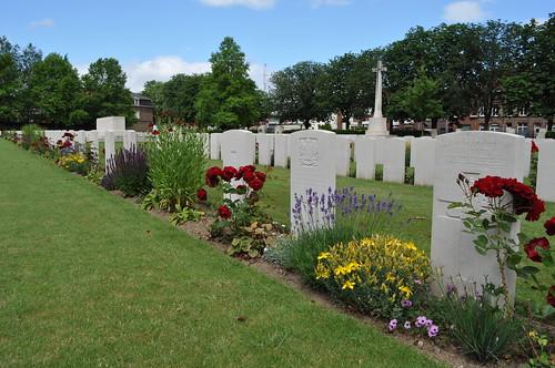 2012.06.30.030 - IEPER - Militaire Begraafplaats 'Ypres Reservoir Cemetery'
