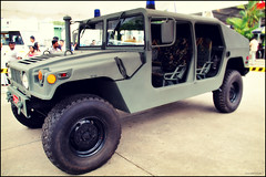 automobile, automotive exterior, military vehicle, sport utility vehicle, vehicle, hummer h1, off-roading, humvee, off-road vehicle, bumper, land vehicle, luxury vehicle, motor vehicle,