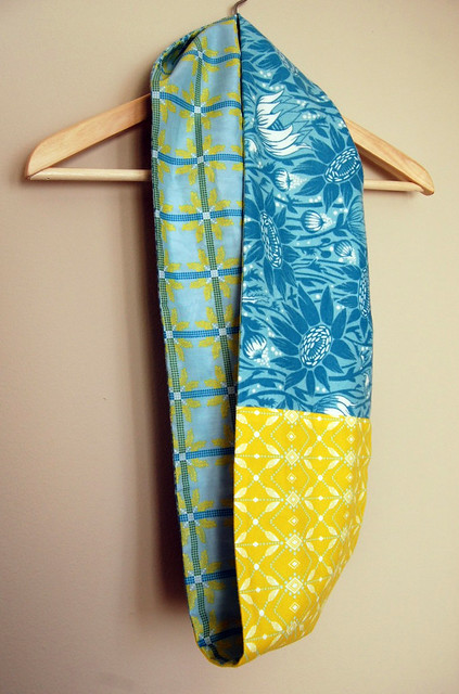Blue and Yellow Infinity/ Figure-8 Scarf