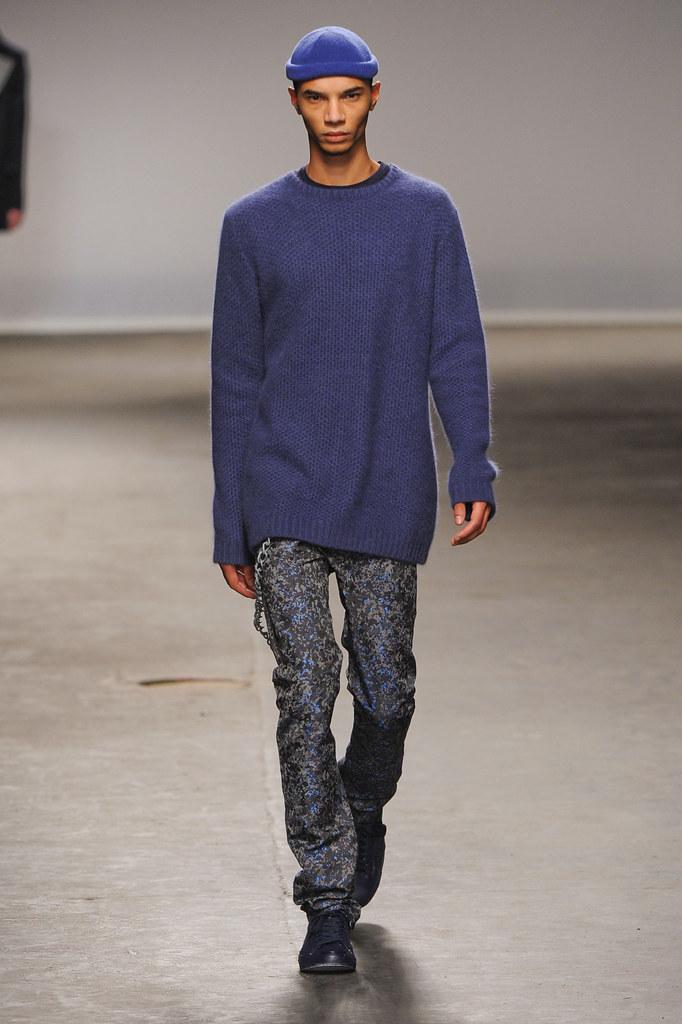 FW13 London Richard Nicoll011_Filip Roseen(fashionising.com)