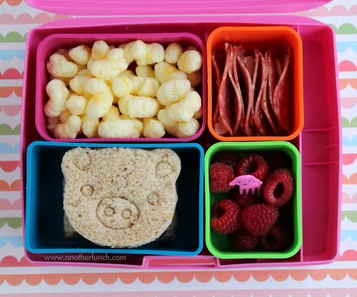 piggie in a Laptop Lunches bento