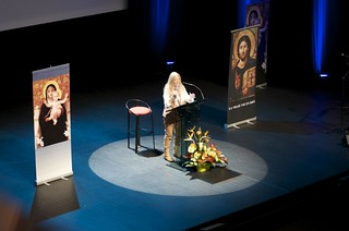 Vassula speaks in Nantes, France, 2012