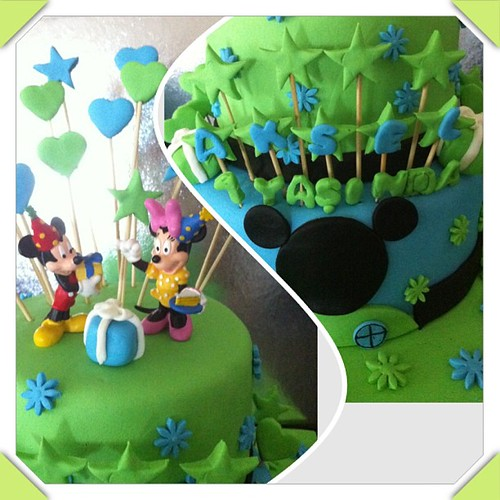 #mickey #minnie #sugarart #sugarpaste #birthdaycake by l'atelier de ronitte