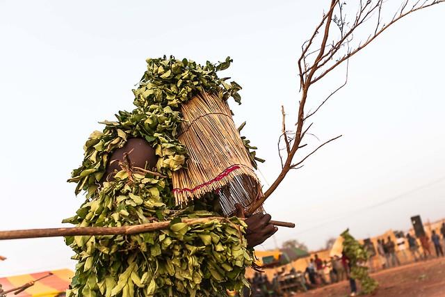 Festival des Masques de Dédougou, mask leaves, Burkina Faso