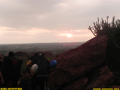 Rock_Climbing_Badami_Oct_2012_42