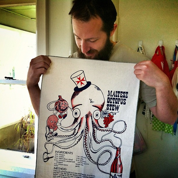 Could not go past this tea-towel at a garage sale this morning. So many awesome finds! #garagesale #octopus #socool