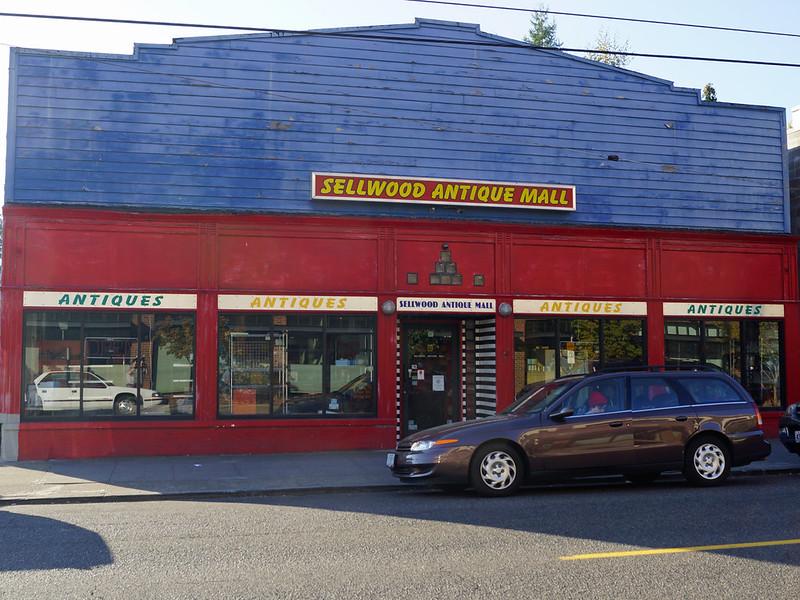 Sellwood Antique Mall 7875 Southeast 13th Avenue Portland, OR 97202