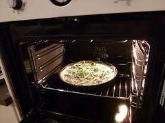 gas stove(0.0), kitchen appliance(1.0), kitchen stove(1.0),