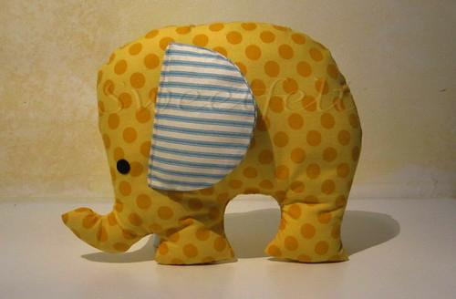 ♥♥♥ Almofadinha Elefante... by sweetfelt \ ideias em feltro