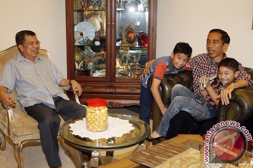 20120920JusufKalla-Jokowi-200912-ws
