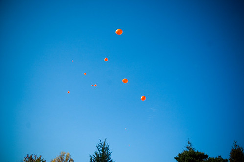 Releasing balloons from the Kia