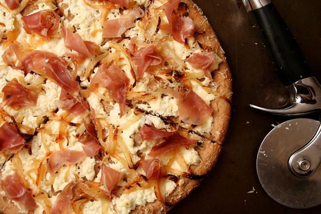 ricotta prosciutto pizza 4