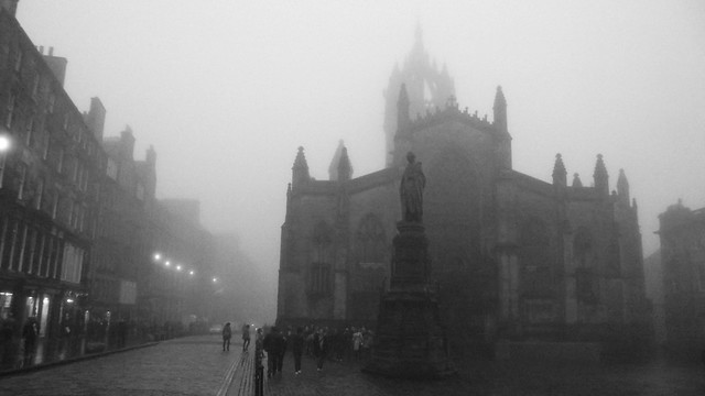 Edinburgh, autumn mist 02