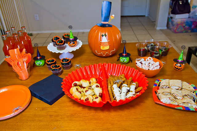 #MealsTogether Halloween Party Spread.jpg