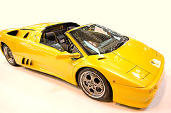 model car(1.0), automobile(1.0), lamborghini(1.0), vehicle(1.0), automotive design(1.0), lamborghini(1.0), bumper(1.0), land vehicle(1.0), luxury vehicle(1.0), lamborghini diablo(1.0), supercar(1.0), sports car(1.0),