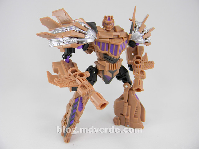 Transformers Blast Off Generations Fall of Cybertron - SDCC Exclusive - modo robot