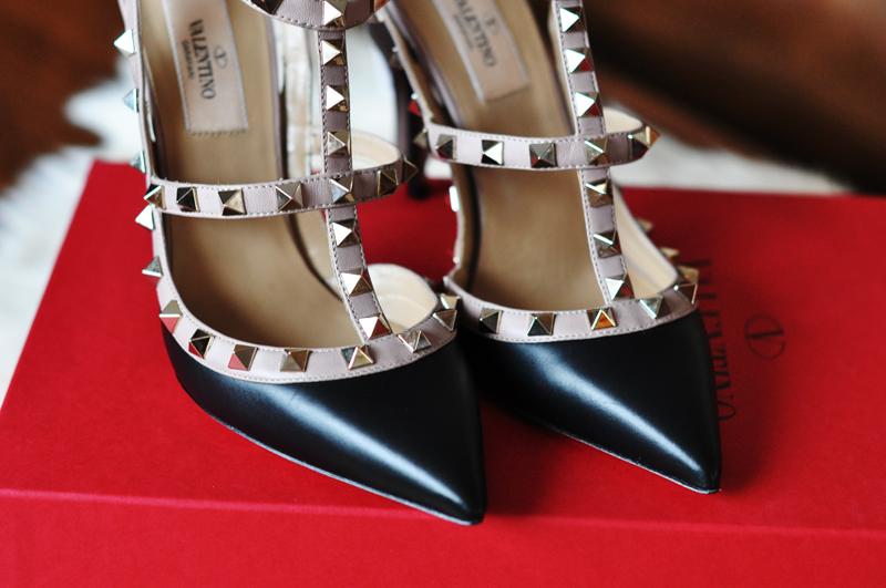 068513e3 Valentino | Karina in Fashionland
