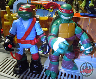 "Nickelodeon ""MUTAGEN OOZE"" TEENAGE MUTANT NINJA TURTLES :: OOZE TOSSIN' RAPH  - C // ..head swap with original Nick Raphael (( 2013 ))"