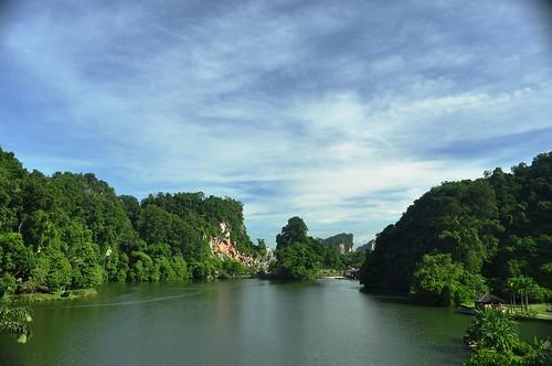 Taman Rekreasi Gunung Lang by Syihan F.