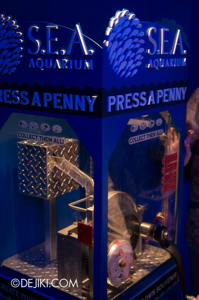 S.E.A. Aquarium - Press A Penny