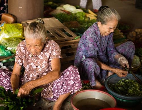 Hue street market