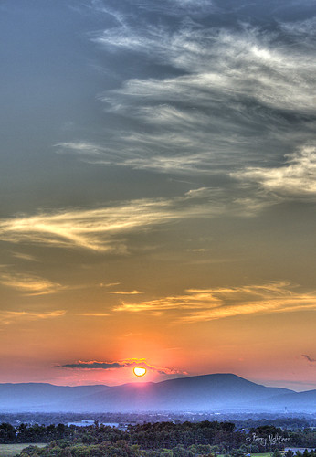 blue sunset sky sun mountains clouds ridge roanoke valley terry salem hdr skimmer vinton aldhizer terryaldhizercom
