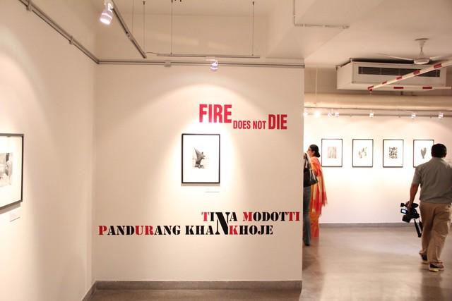 """Aspecto de la muestra fotográfica """"El fuego no muere"""""""