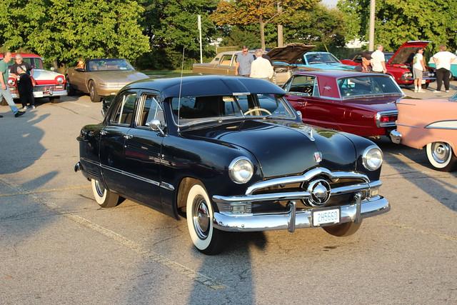 1950 ford custom deluxe v 8 4 door explore carphoto 39 s for 1950 ford 4 door