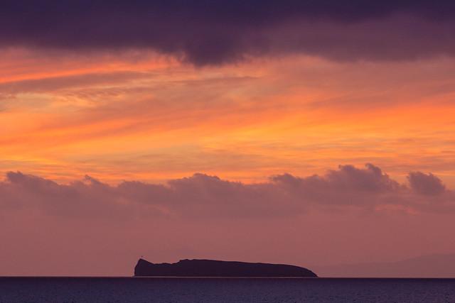 モロキニ島の夕焼け